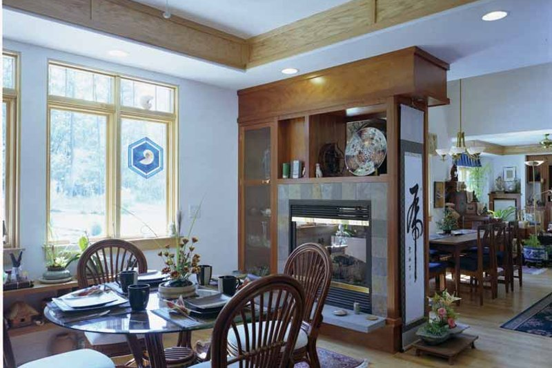 Traditional Interior - Dining Room Plan #939-2 - Houseplans.com