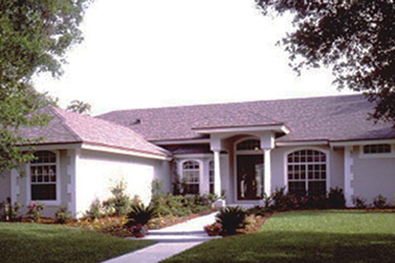 House Plan Design - Mediterranean Exterior - Front Elevation Plan #417-799