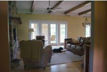 Craftsman Interior - Family Room Plan #932-10