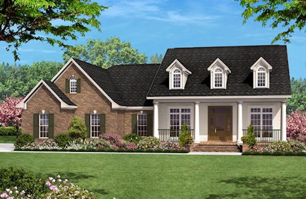 Colonial Style House Plan 3 Beds 2 5 Baths 1700 Sq Ft