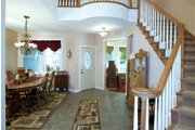 Craftsman Style House Plan - 3 Beds 2.5 Baths 1999 Sq/Ft Plan #120-198 Interior - Entry