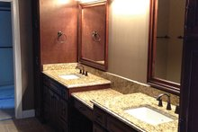 Traditional Interior - Master Bathroom Plan #437-73