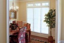 Traditional Interior - Dining Room Plan #927-874
