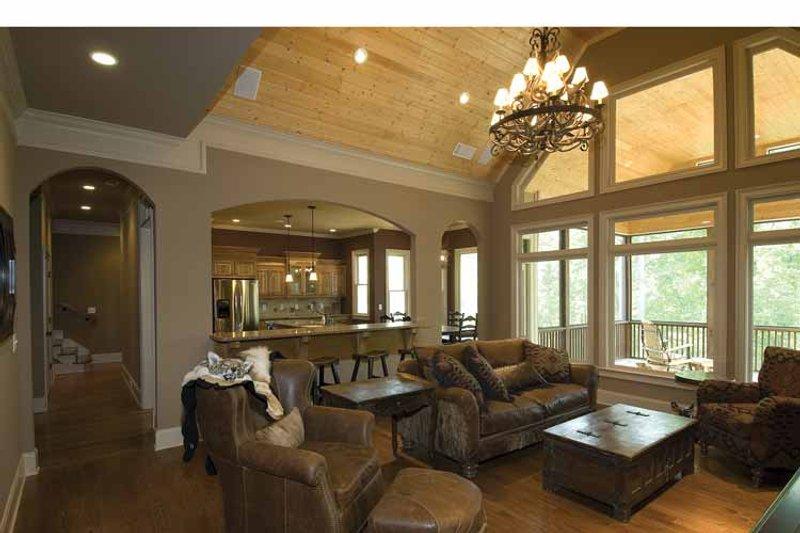 Country Interior - Family Room Plan #54-367 - Houseplans.com