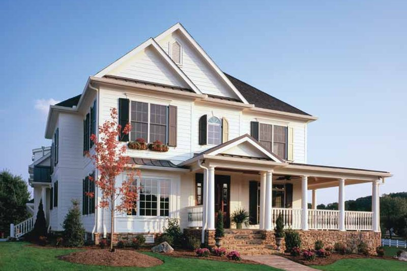 Home Plan Design - Colonial Exterior - Front Elevation Plan #429-257