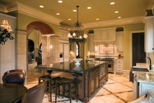 Mediterranean Interior - Kitchen Plan #453-604