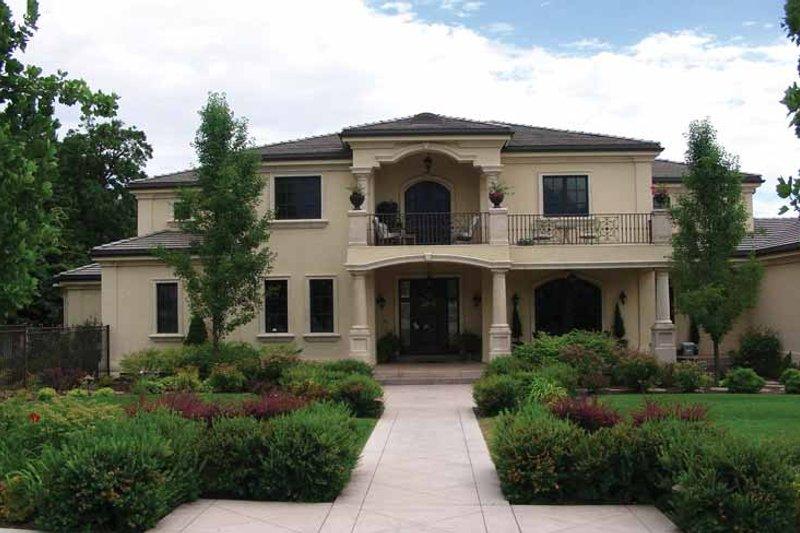 House Plan Design - Mediterranean Exterior - Front Elevation Plan #937-17