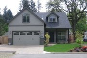 House Plan - 3 Beds 2.5 Baths 1902 Sq/Ft Plan #124-683 Exterior - Front Elevation