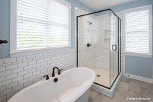 Ranch Interior - Master Bathroom Plan #929-881