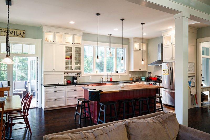 Traditional Interior - Kitchen Plan #928-299 - Houseplans.com