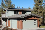Modern Style House Plan - 4 Beds 2.5 Baths 2257 Sq/Ft Plan #895-24 Exterior - Rear Elevation