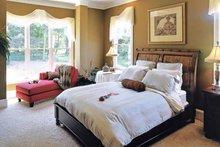 Craftsman Interior - Master Bedroom Plan #927-917