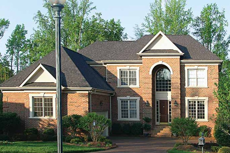 Colonial Exterior - Front Elevation Plan #453-362 - Houseplans.com