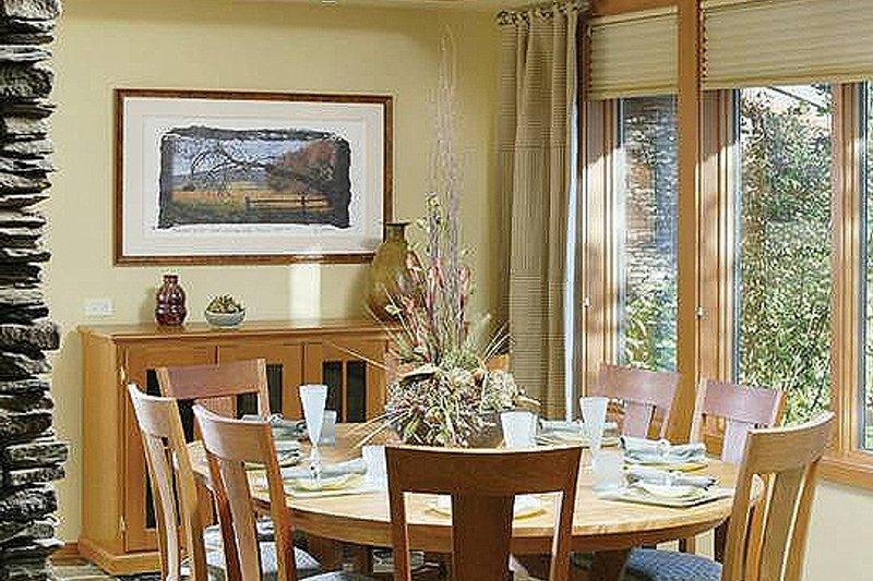 Ranch Interior - Dining Room Plan #48-433 - Houseplans.com