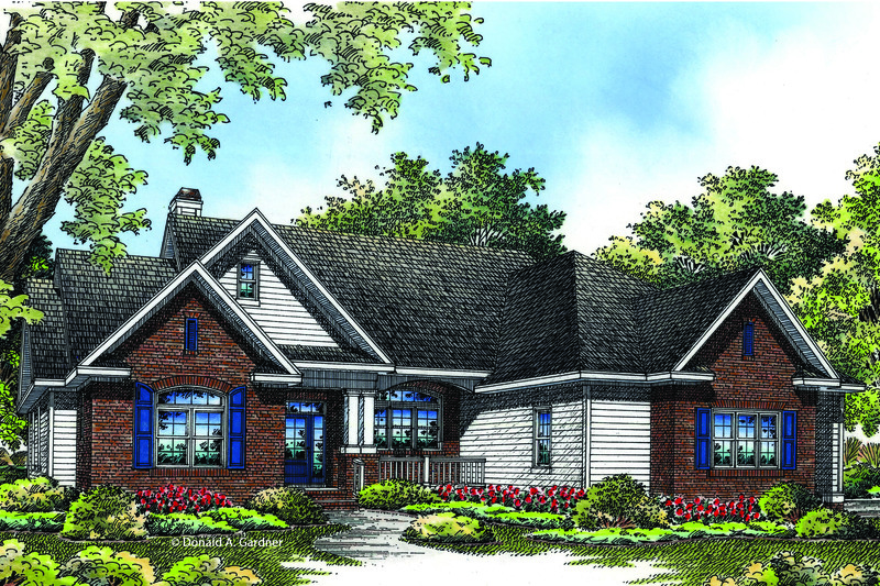 Traditional Exterior - Front Elevation Plan #929-963 - Houseplans.com