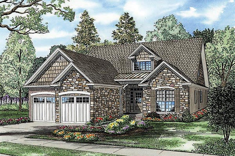Traditional Style House Plan - 3 Beds 3 Baths 1588 Sq/Ft Plan #17-2435
