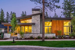 Modern Exterior - Front Elevation Plan #895-101