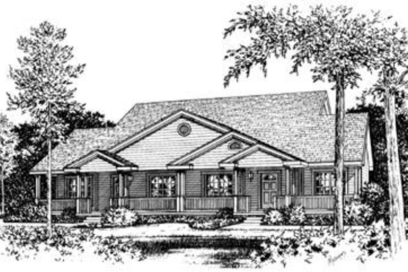 Traditional Exterior - Front Elevation Plan #20-386 - Houseplans.com