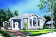 Traditional Style House Plan - 2 Beds 1 Baths 1116 Sq/Ft Plan #23-318 Exterior - Front Elevation