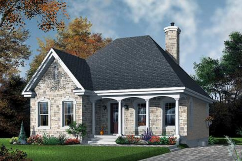 Traditional Exterior - Front Elevation Plan #23-474 - Houseplans.com