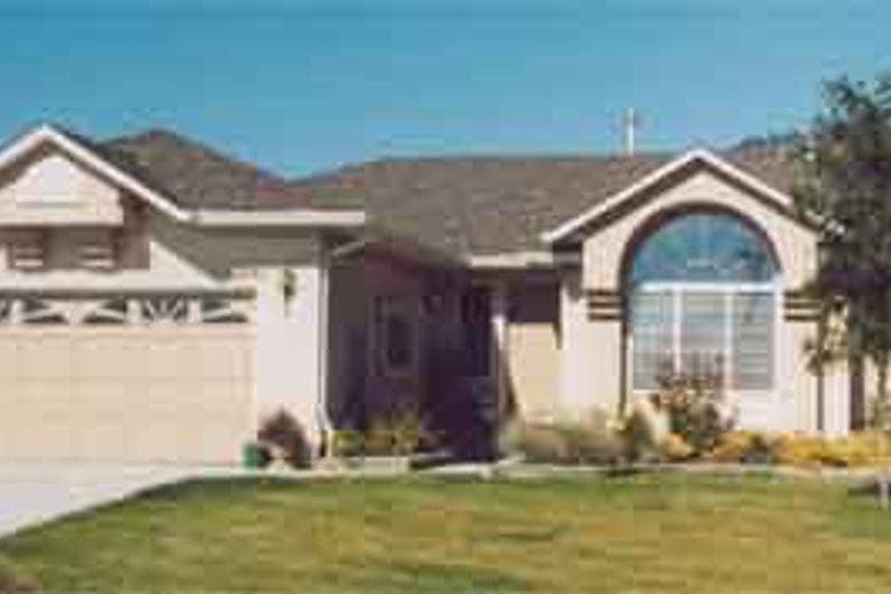 Exterior - Front Elevation Plan #126-123 - Houseplans.com