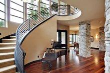Modern Interior - Entry Plan #132-221