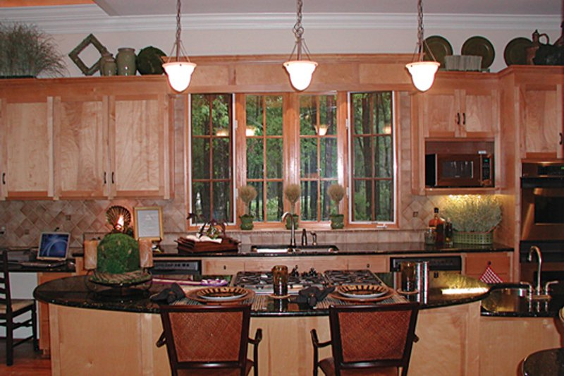 Craftsman Photo Plan #453-22 - Houseplans.com