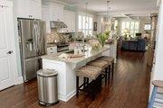 Craftsman Style House Plan - 3 Beds 2 Baths 1728 Sq/Ft Plan #461-26 Interior - Kitchen