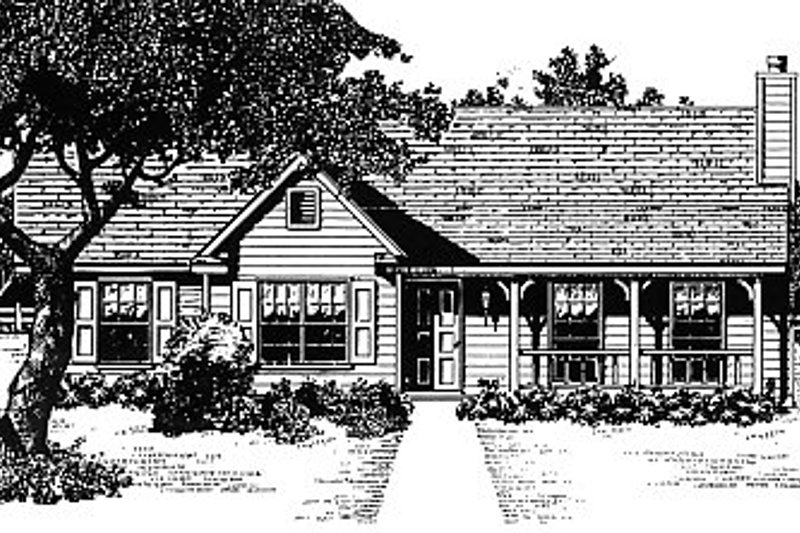 Traditional Style House Plan - 3 Beds 2 Baths 1253 Sq/Ft Plan #14-145 Exterior - Front Elevation