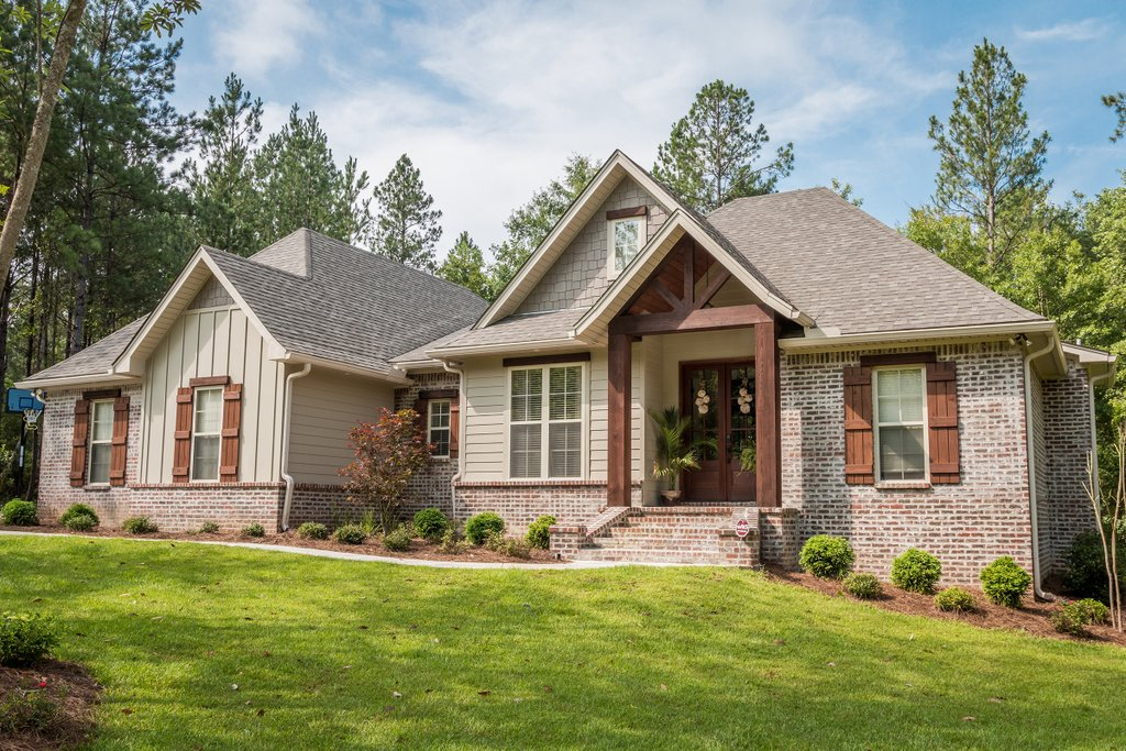 Craftsman Style House Plan 3 Beds 2 Baths 1769 Sq Ft