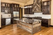 Ranch Style House Plan - 3 Beds 3.5 Baths 2830 Sq/Ft Plan #895-29 Interior - Kitchen