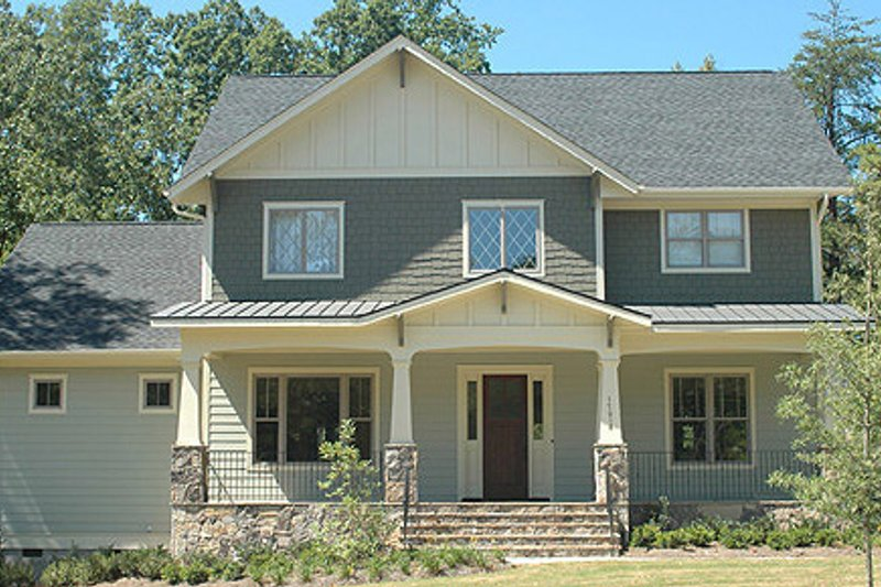 Craftsman Style House Plan - 4 Beds 3 Baths 4003 Sq/Ft Plan #413-117 Exterior - Front Elevation