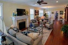 Craftsman Interior - Family Room Plan #461-20