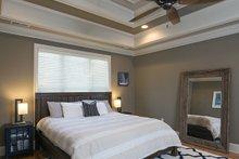 Traditional Interior - Master Bedroom Plan #929-924
