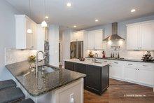 Craftsman Interior - Kitchen Plan #929-962