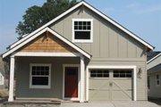 Craftsman Style House Plan - 3 Beds 2 Baths 1235 Sq/Ft Plan #423-34