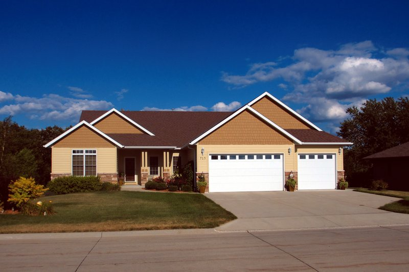 Architectural House Design - Bungalow Exterior - Front Elevation Plan #20-1719