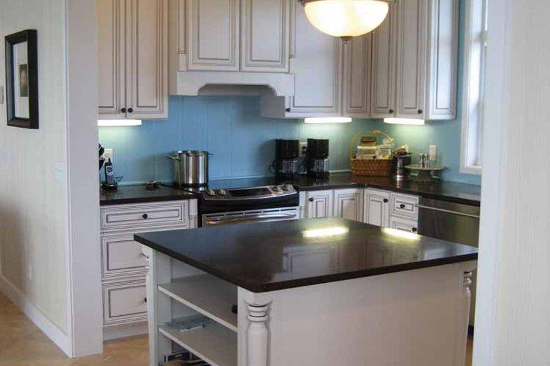 Country Interior - Kitchen Plan #928-41 - Houseplans.com