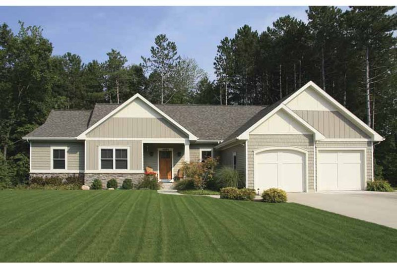 Craftsman Exterior - Front Elevation Plan #928-152 - Houseplans.com