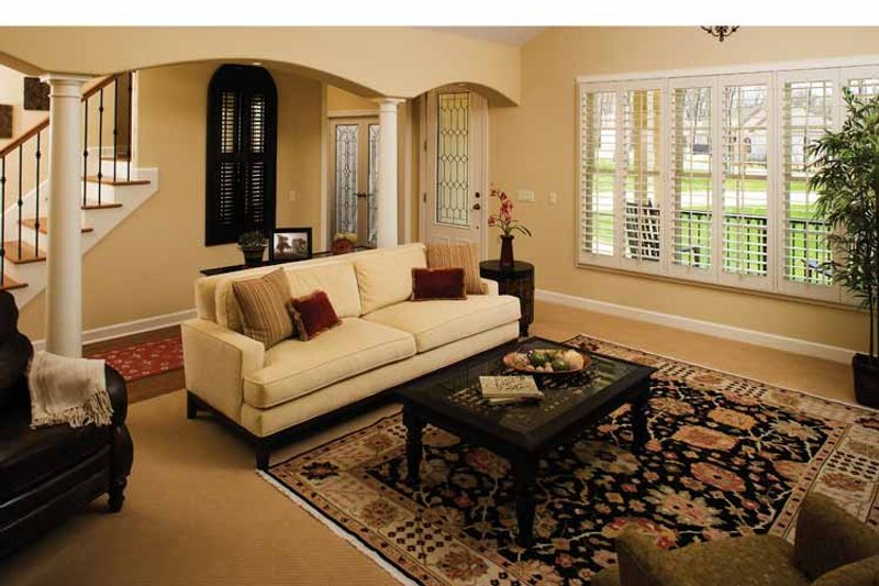 Country Interior - Family Room Plan #929-701 - Houseplans.com