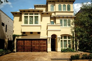Mediterranean Exterior - Front Elevation Plan #1021-13