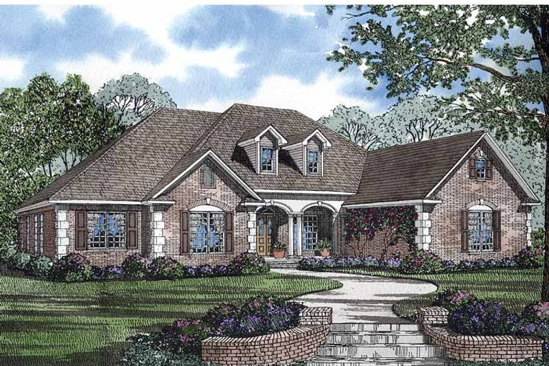 Colonial Exterior - Front Elevation Plan #17-2847 - Houseplans.com