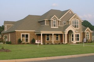 Home Plan - Traditional Exterior - Front Elevation Plan #63-285