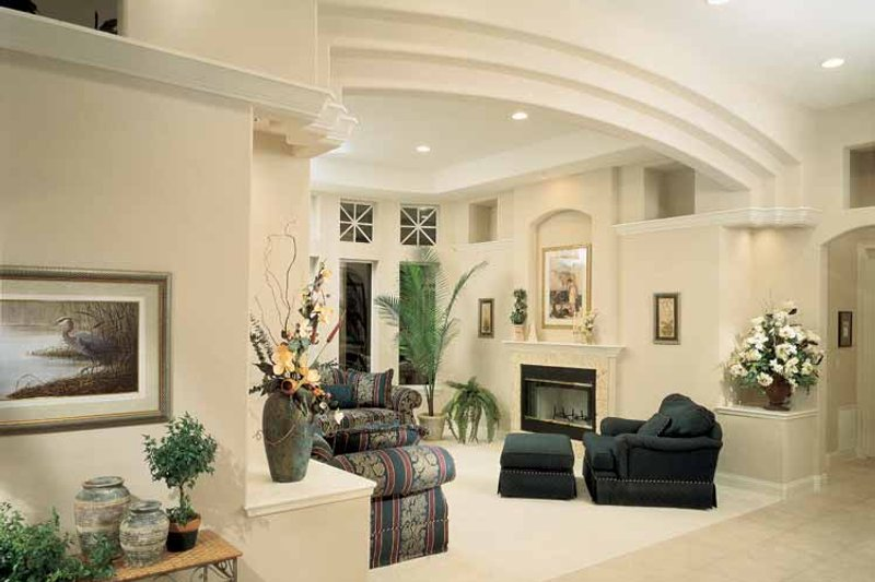 Mediterranean Interior - Family Room Plan #1039-5 - Houseplans.com