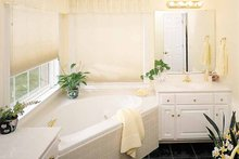 Ranch Interior - Bathroom Plan #929-176