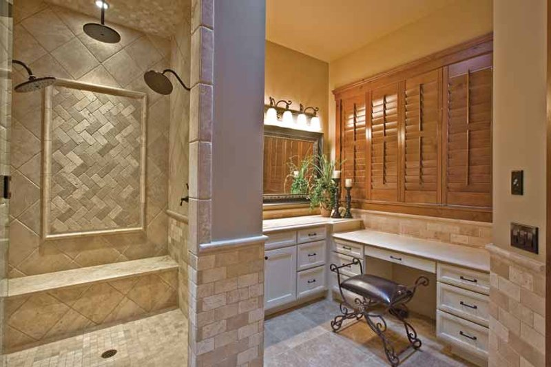 Craftsman Interior - Master Bathroom Plan #132-561 - Houseplans.com
