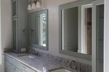 House Plan Design - Craftsman Interior - Master Bathroom Plan #437-74