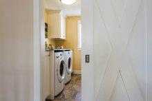 Bungalow Interior - Laundry Plan #928-9