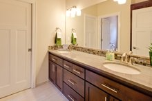 Traditional Interior - Master Bathroom Plan #124-921