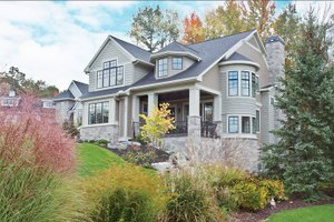 Traditional Exterior - Front Elevation Plan #928-271